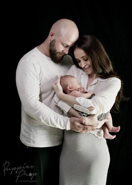 ถ่ายภาพเด็กแรกเกิด-ทารก-พัทยา-ช่างภาพ-ครอบครัว-newborn-baby-studio-pattaya-family-photo-photographer2
