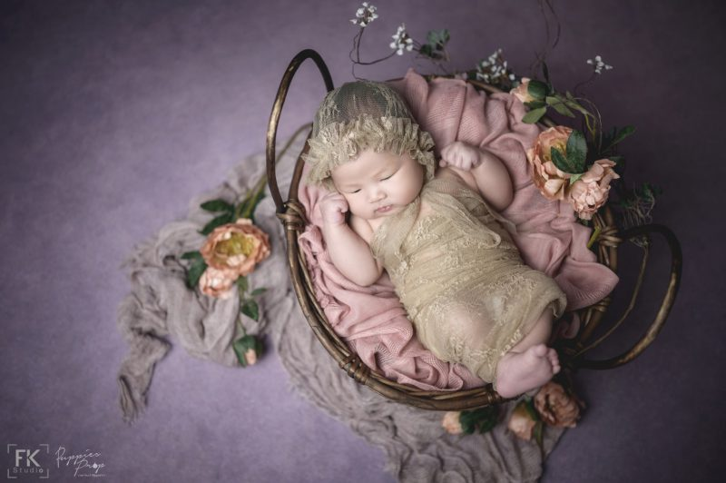 ถ่ายภาพเด็กแรกเกิด-ทารก-พัทยา-ชลบุรี-ช่างภาพ-ครอบครัว-newborn-baby-studio-pattaya-family-photo-photographer5